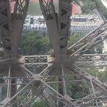 Photo de The Eiffel Tower Romance Tour