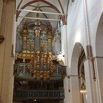 The organ in full glory