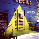 Here's the entrance to Cocina Abierta with the loose O