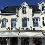 صورة فوتوغرافية لـ Ivar Halvorsen Bakery