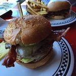 Delicious Luna Burger