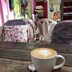 Bilde fra Open Hand Shop & Cafe