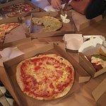 Embers Wood Fired Pizza照片