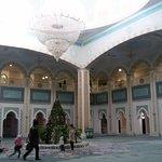 صورة فوتوغرافية لـ Hazret Sultan Mosque