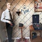 صورة فوتوغرافية لـ GUM Department Store