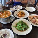 ภาพถ่ายของ ร้านอาหาร ปูเป็นสุดหาดจอมเทียน