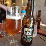 Bière ambrée de Bourgogne.