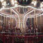 תמונה מNew England Carousel Museum