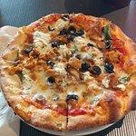 Foto de LA Fiamma Wood Fire Pizza