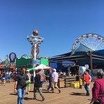 صورة فوتوغرافية لـ Santa Monica Pier