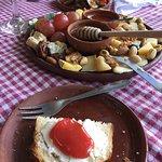 El Artesano Wine and Cheese Restaurantの写真