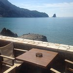 Foto van Black Rocks Seaside Restaurant Bar
