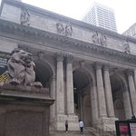 صورة فوتوغرافية لـ New York Public Library