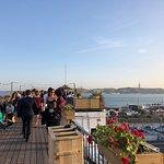 Photo de Garden Roof Bar