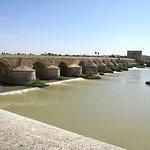 Foto van Roman Bridge