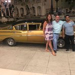 El Taxi (Don Juan), Un Chevrolet año 1957