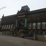 Foto van Leeds City Museum