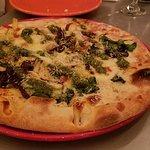 Foto de IL Vicino Wood Oven Pizza