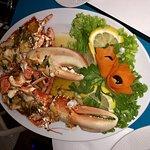 eating lobster 3