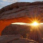 Canyonlands National Park - Mesa Arch