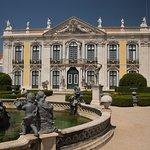 صورة فوتوغرافية لـ Palácio Nacional e Jardins de Queluz
