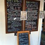 Fins Cafe resmi