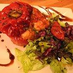 Poivrons farci aux gnocchi sauce tomate.