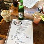 Skinny Legs Bar and Grillの写真