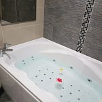 Briars Hall Country House Hotel Photo