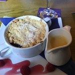 Foto de The Grapes Hotel, Bar & Restaurant