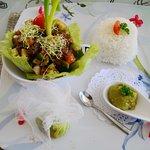 Foto van Opoa Beach Restaurant