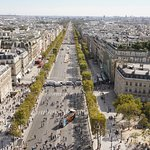 Champs Elysee from above