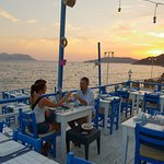 Фотография Sardelaki Greek Tavern