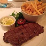 Tuttons Brasserieの写真