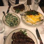 Manny's Steakhouse Foto