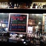 Bluegrass Tavern resmi