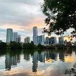 Lady Bird Lake Hike-and-Bike Trail의 사진