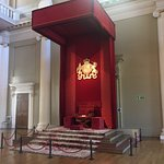 Pics of banqueting house- only part left of Whitehall castle. Place where King Charles was execu