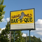 Photo de Hawg Wild Bar-B-Que Co