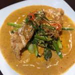Crispy Fried Tilapia with Panaeng Curry Sauce, Lobster Tail in Green Curry, Pad Thai and Mahi Ma