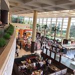 Photo de Grand Cafe Sheraton Grande Tokyo Bay Hotel