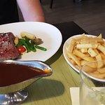 Photo de TOWERS Steak & Salad