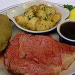Prime Rib with au jus and baked scallops