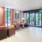Holiday Inn Express Dublin Airport