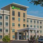 Holiday Inn Express & Suites Norwood-Boston Area