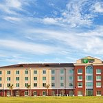 Holiday Inn Express Hotel & Suites Newberry