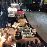 Photo de Ombak Cafe Perhentian Island