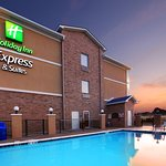 Holiday Inn Express Hotel & Suites Clarksville