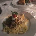 Foto de Crazy Cow Wine Bar Restaurant