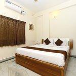 OYO 2559 Apartment Rich Residency